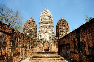 Wat-Si-Sawai-Sukhothai-Thailand-03.jpg
