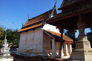 Wat-Sing-Pathumthani-Thailand-02.jpg