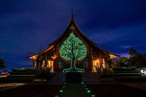 Wat-Sirindhorn-Wararam-Phu-Phrao-Temple-Ubon-Ratchathani-Thailand-04.jpg