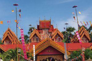 Wat-Sri-Rong-Muang-Lampang-Thailand-01.jpg