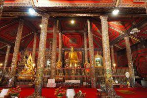 Wat-Sri-Rong-Muang-Lampang-Thailand-03.jpg