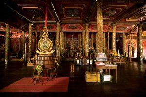 Wat-Sri-Rong-Muang-Lampang-Thailand-04.jpg
