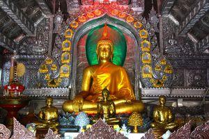 Wat-Sri-Suphan-Chiang-Mai-Thailand-03.jpg
