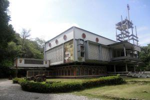Wat-Suan-Mok-Phalaram-Suratthani-Thailand-04.jpg