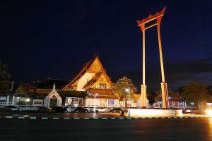Wat-Suthat-Thepwararam-Ratchaworamahawihan-Bangkok-Thailand-05.jpg