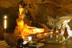 Wat-Suwan-Kuha-Phang-Nga-Thailand-003.jpg