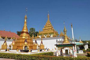 Wat-Thai-Wattanaram-Tak-Thailand-04.jpg