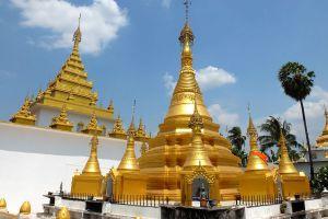 Wat-Thai-Wattanaram-Tak-Thailand-05.jpg