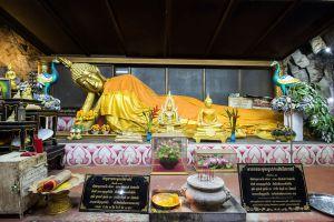 Wat-Tham-Khao-Pun-Kanchanaburi-Thailand-02.jpg