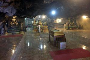 Wat-Tham-Mangkornthong-Kanchanaburi-Thailand-06.jpg