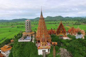 Wat-Tham-Sua-Kanchanaburi-Thailand-01.jpg