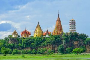 Wat-Tham-Sua-Kanchanaburi-Thailand-04.jpg