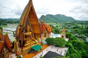 Wat-Tham-Sua-Kanchanaburi-Thailand-05.jpg