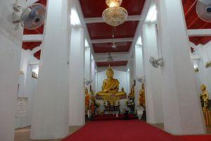 Wat-Thammamun-Worawihan-Chainat-Thailand-06.jpg