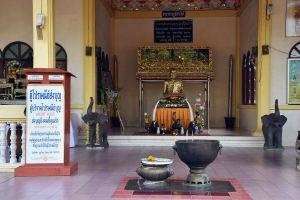 Wat-Thep-Charoen-Tham-Rup-Ro-Cave-Chumphon-Thailand-02.jpg