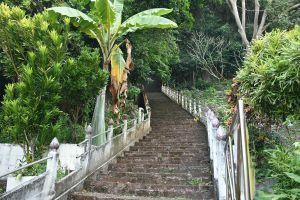 Wat-Thep-Charoen-Tham-Rup-Ro-Cave-Chumphon-Thailand-06.jpg