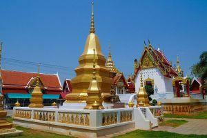 Wat-Thewa-Sangkharam-Kanchanaburi-Thailand-01.jpg