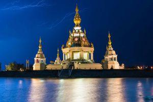 Wat-Thung-Setthi-Khon-Kaen-Thailand-01.jpg