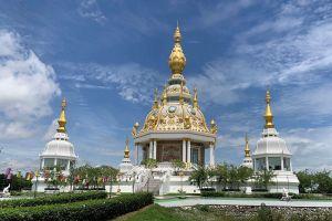 Wat-Thung-Setthi-Khon-Kaen-Thailand-02.jpg