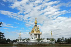Wat-Thung-Setthi-Khon-Kaen-Thailand-06.jpg