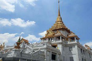 Wat-Traimit-Withayaram-Worawihan-Bangkok-Thailand-05.jpg