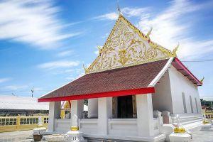 Wat-Tum-Ayutthaya-Thailand-04.jpg