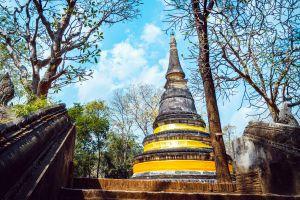 Wat-Umong-Suan-Phutthatham-Chiang-Mai-Thailand-02.jpg