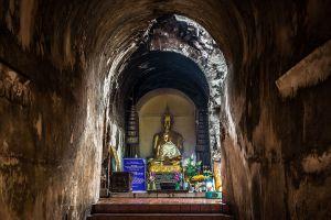 Wat-Umong-Suan-Phutthatham-Chiang-Mai-Thailand-03.jpg