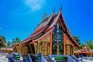 Wat-Wang-Kham-Kalasin-Thailand-03.jpg