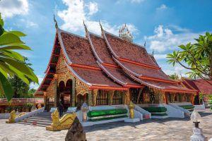 Wat-Wang-Kham-Kalasin-Thailand-05.jpg