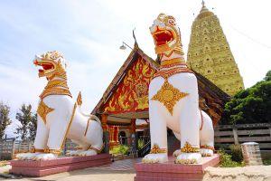 Wat-Wang-Wiwekaram-Kanchanaburi-Thailand-003.jpg
