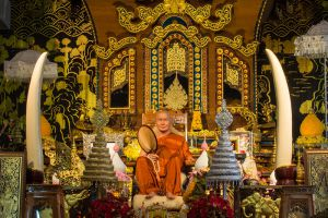 Wat-Wang-Wiwekaram-Kanchanaburi-Thailand-004.jpg
