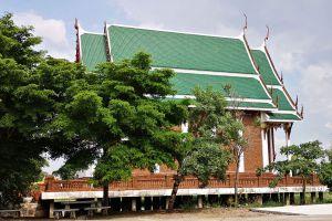 Wat-Worachet-Ayutthaya-Thailand-09.jpg