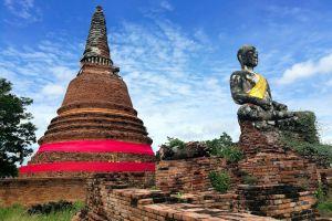 Wat-Worachettharam-Ayutthaya-Thailand-03.jpg