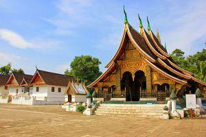 Wat-Xieng-Thong-Luang-Prabang-Laos-001.jpg