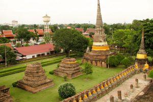 Wat-Yai-Chaimongkon-Ayutthaya-Thailand-003.jpg