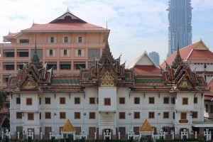 Wat-Yannawa-Bangkok-Thailand-03.jpg