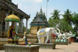 White-Elephant-Pagoda-Battambang-Cambodia-001.jpg