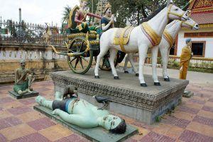 White-Elephant-Pagoda-Battambang-Cambodia-003.jpg