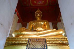Wihan-Phra-Mongkhon-Bophit-Ayutthaya-Thailand-002.jpg