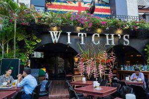 Witchs-Tavern-Restaurant-Bangkok-Thailand-004.jpg