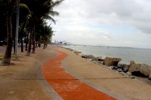 Wonnapha-Beach-Chonburi-Thailand-03.jpg