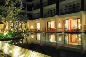 Woodlands-Suites-Serviced-Residences-Pattaya-Thailand-Building.jpg