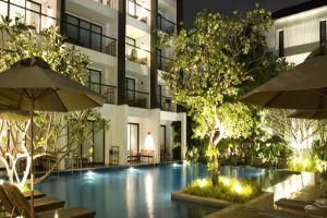 Woodlands-Suites-Serviced-Residences-Pattaya-Thailand-Exterior.jpg