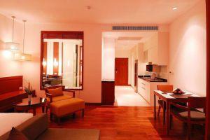 Woodlands-Suites-Serviced-Residences-Pattaya-Thailand-Living-Room.jpg