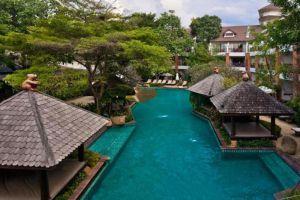 Woodlands-Suites-Serviced-Residences-Pattaya-Thailand-Pool.jpg