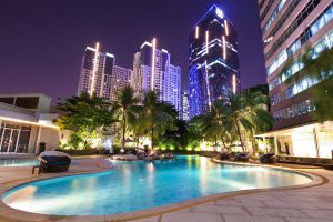 Wyndham-Casablanca-Jakarta-Indonesia-Pool.jpg