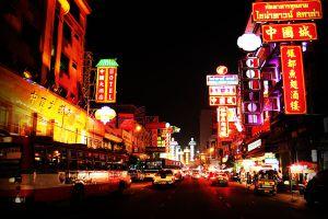 Yaowarat-Road-Bangkok-Thailand-01.jpg