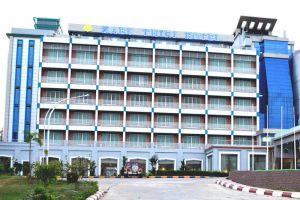 Zabu-Thiri-Hotel-Naypyitaw-Myanmar-Entrance.jpg